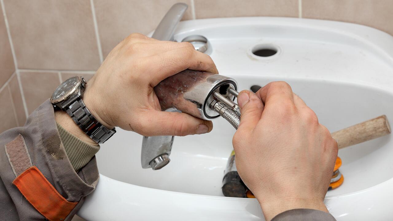 Badezimmer renovieren Rechtstipps zur Badsanierung in der ...