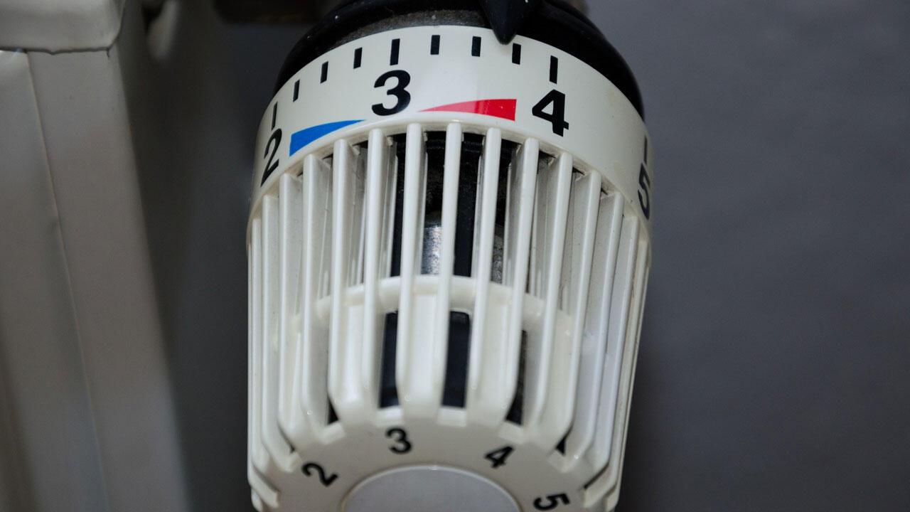 Heizkörper-Thermostat einstellen: So lesen Sie die Zahlen richtig